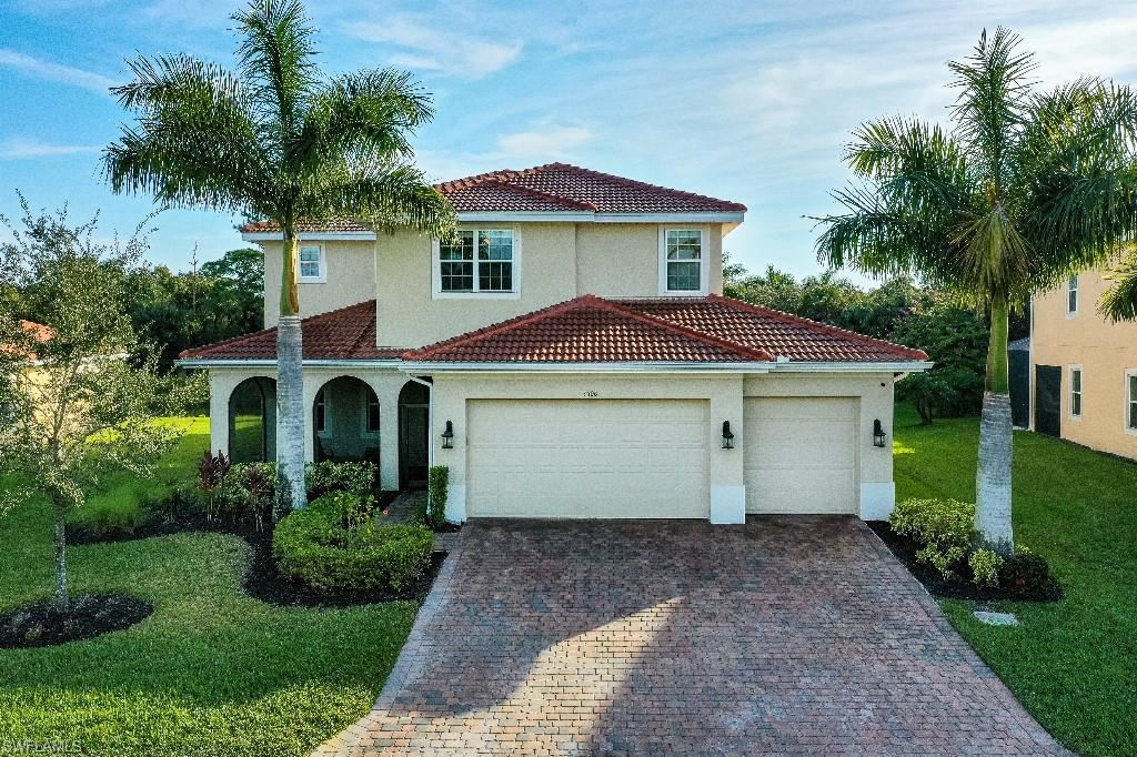 3300 Banyon Hollow Loop, North Fort Myers, FL 33903 - #: 221063858