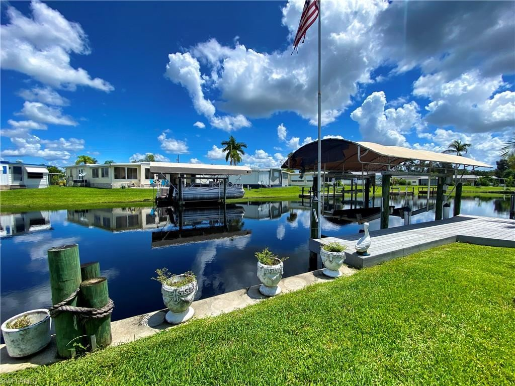 22 Channel Lane, Fort Myers, FL 33905 - #: 221053859