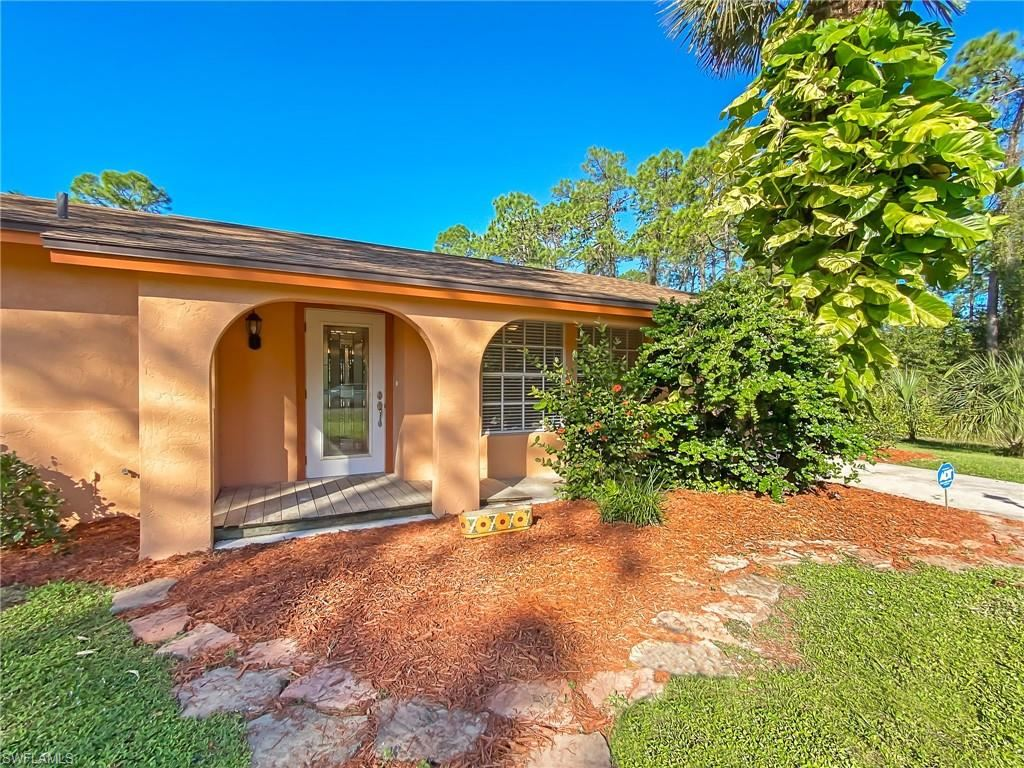 517 Eighth Avenue, Lehigh Acres, FL 33972 - #: 220074860