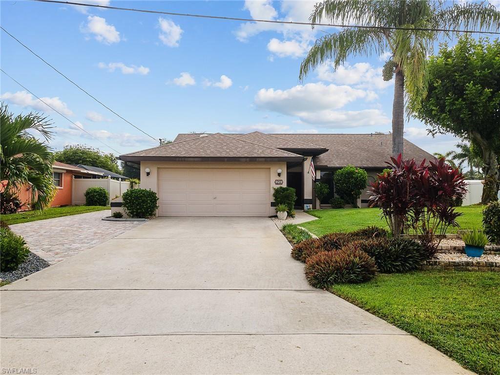 929 SE 23rd Avenue, Cape Coral, FL 33990 - #: 221063860