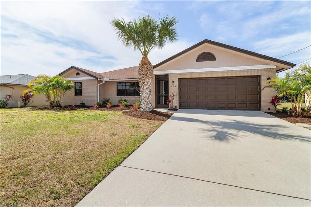 706 SW 12th Street, Cape Coral, FL 33991 - #: 221026865