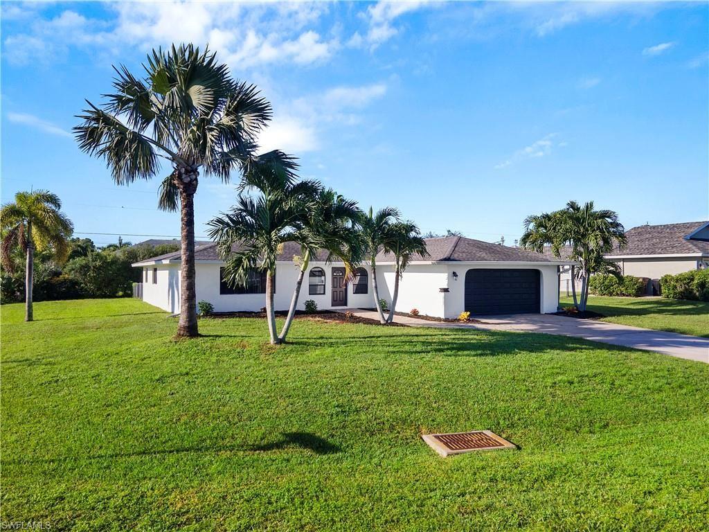 1304 SW 43rd Terrace, Cape Coral, FL 33914 - #: 221068867