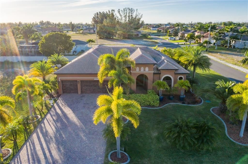 308 NW 35th Avenue, Cape Coral, FL 33993 - MLS#: 220001871