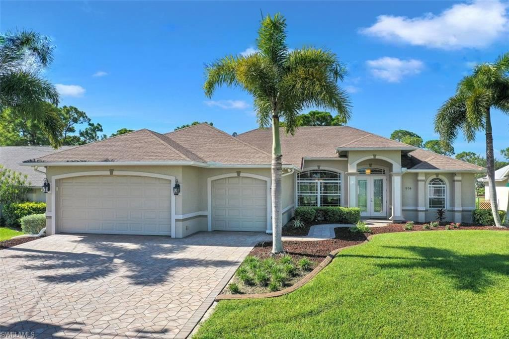 914 SW 18th Terrace, Cape Coral, FL 33991 - #: 220049881