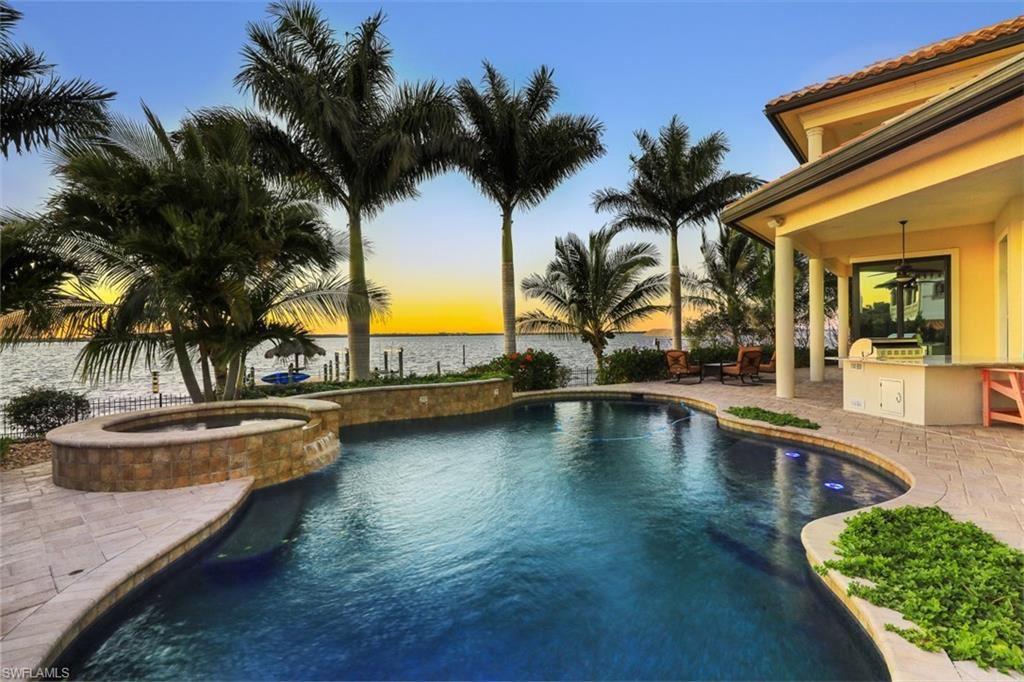 3944 W Riverside Drive, Fort Myers, FL 33901 - #: 220055881