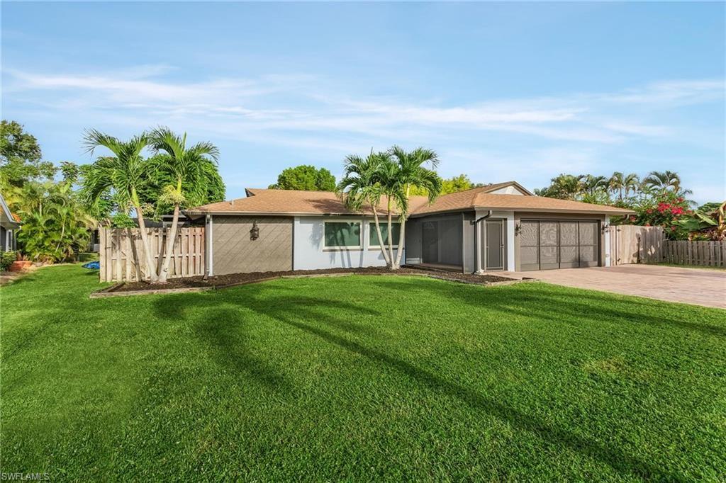 3951 Villmoor Lane, Fort Myers, FL 33919 - #: 221069887