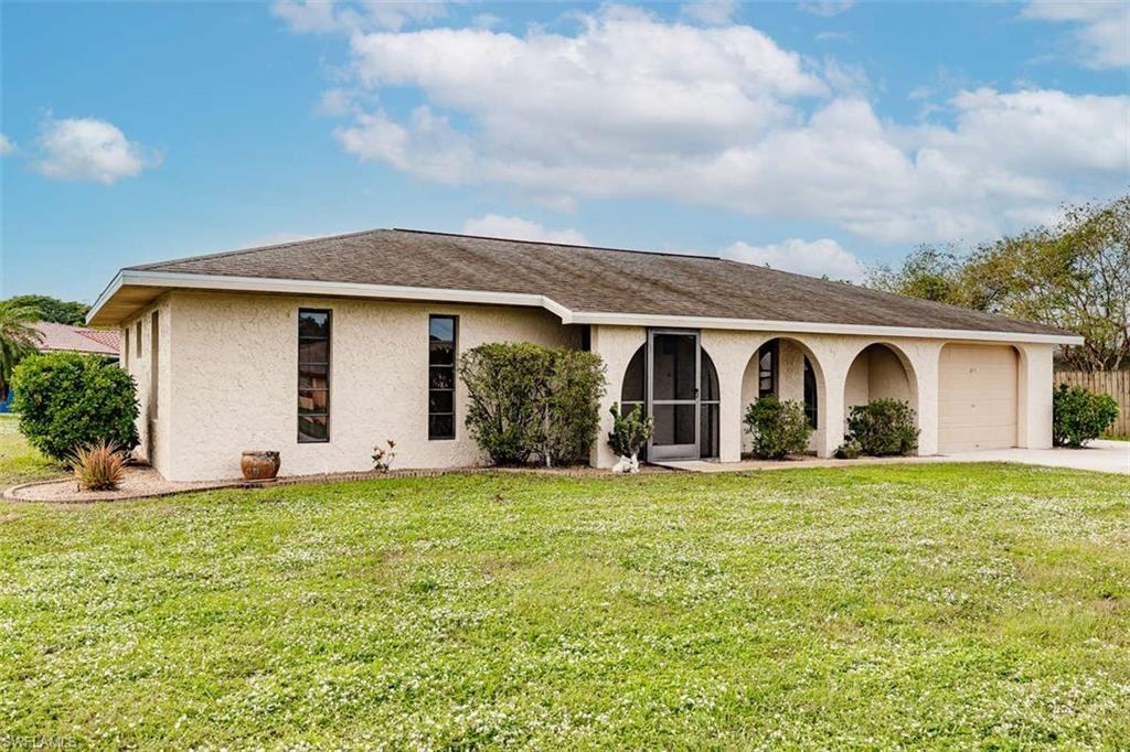 211 Ground Dove Circle, Lehigh Acres, FL 33936 - #: 220078895