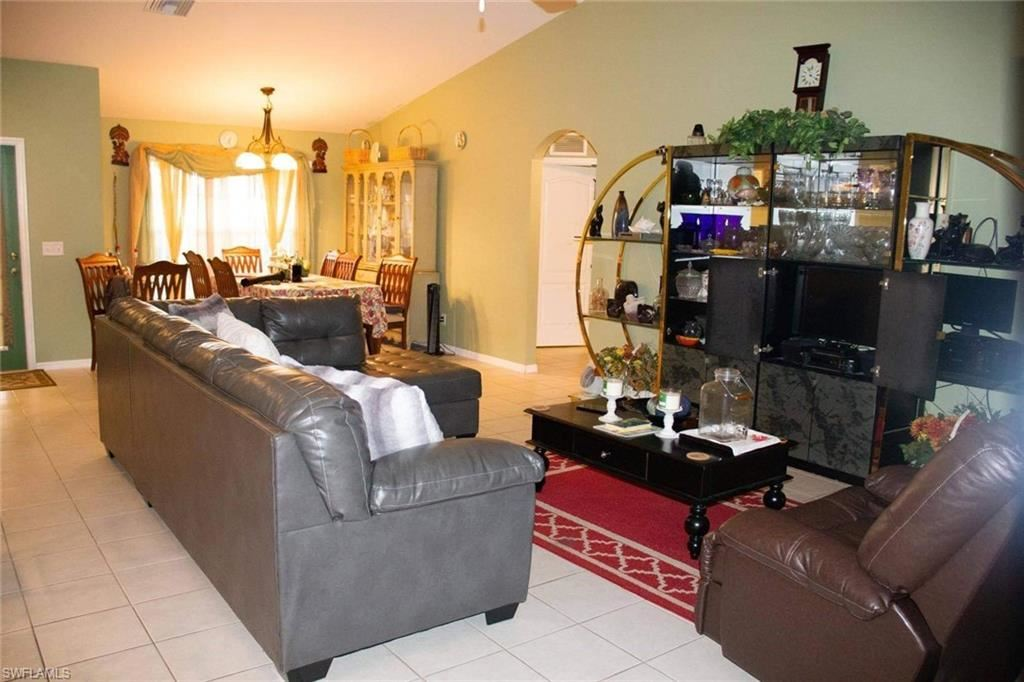 3744 NE 13th Place, Cape Coral, FL 33909 - #: 221020900
