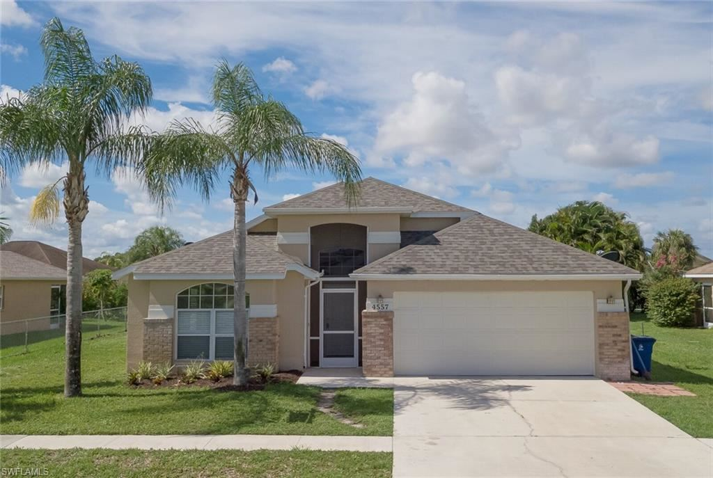 4557 Varsity Circle, Lehigh Acres, FL 33971 - #: 220007912