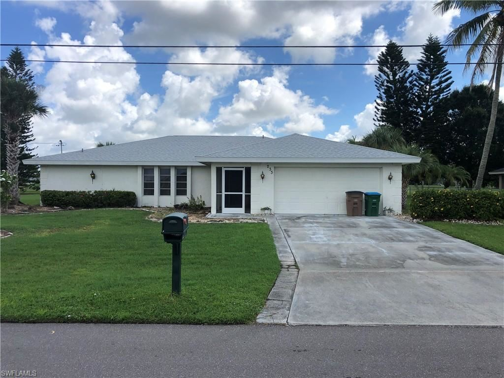 233 SE 10th Terrace, Cape Coral, FL 33990 - #: 220048913
