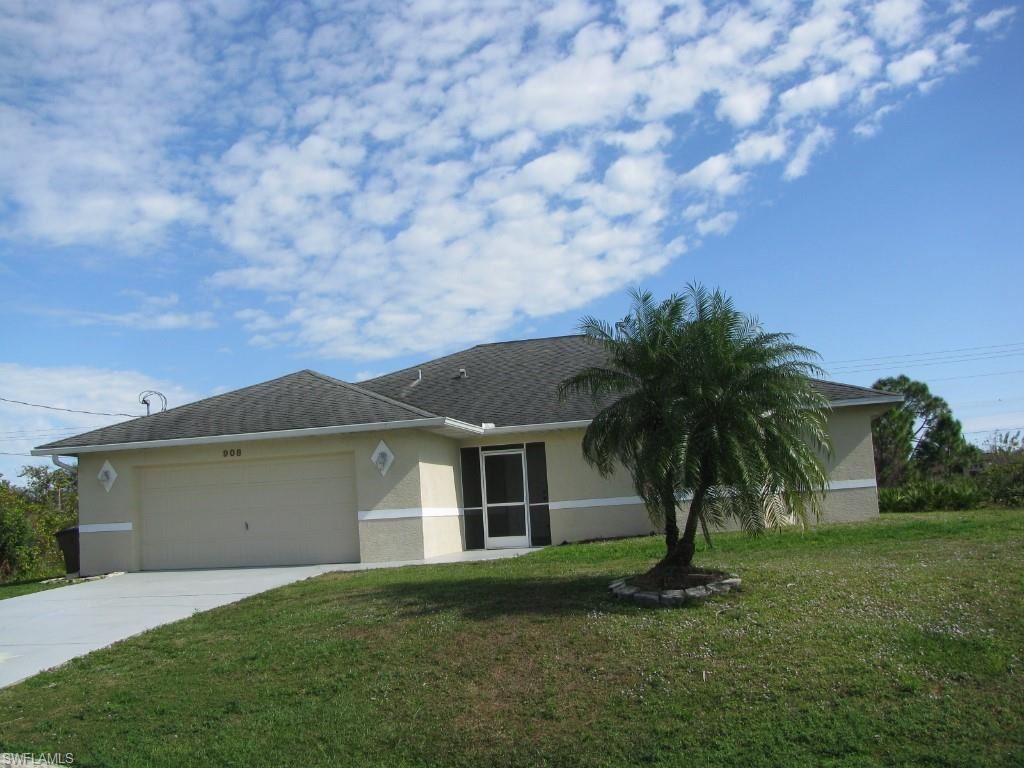 908 Venice Avenue N, Lehigh Acres, FL 33971 - #: 221000915