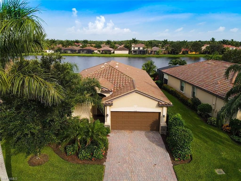 11318 Red Bluff Lane, Fort Myers, FL 33912 - #: 221052920