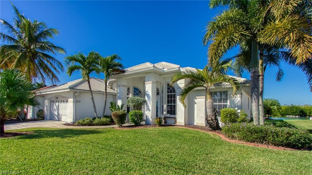 3718 Surfside Boulevard SW, Cape Coral, FL 33914 - #: 220078922