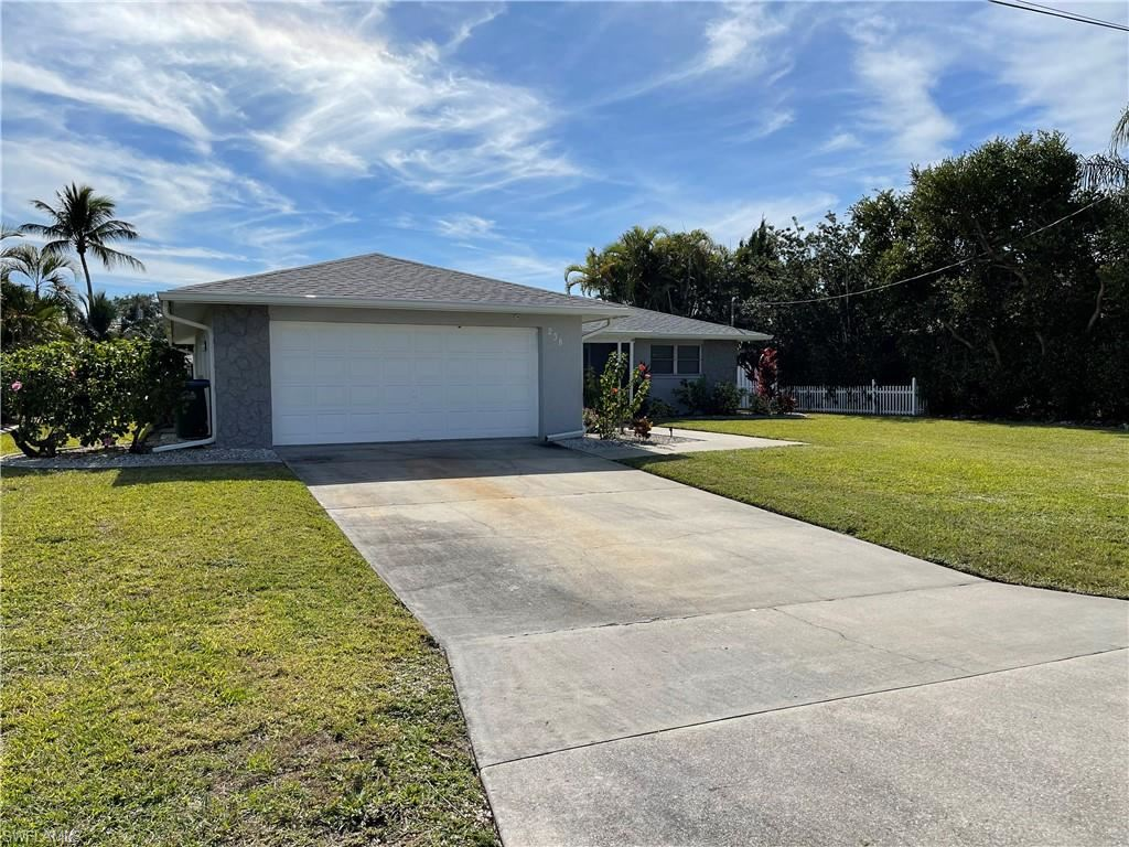 238 SW 42nd Street, Cape Coral, FL 33914 - #: 221003925