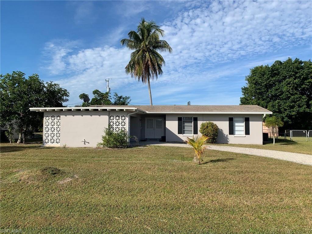 2636 SE 18th Place, Cape Coral, FL 33904 - #: 221004929