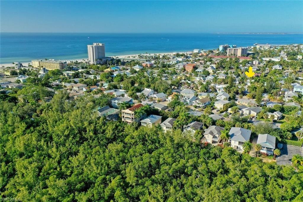 223 Pearl Street, Fort Myers Beach, FL 33931 - #: 220071932