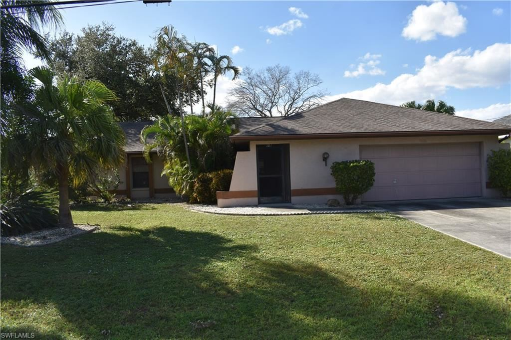 102 SE 13th Avenue, Cape Coral, FL 33990 - #: 220071934