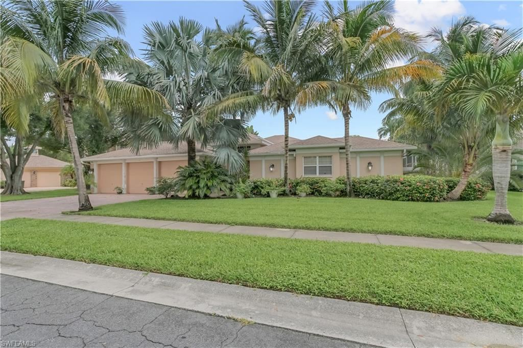 62 Timberland Circle S, Fort Myers, FL 33919 - #: 221056946