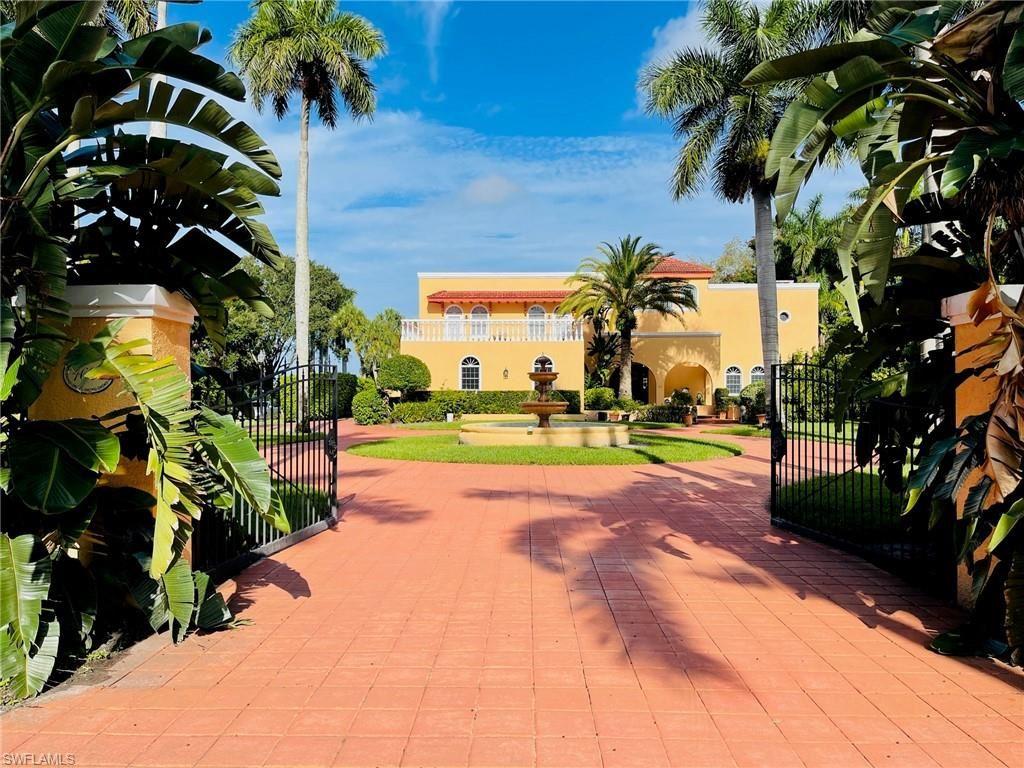 4620 Caloosa Vista Road, Fort Myers, FL 33901 - #: 221052949