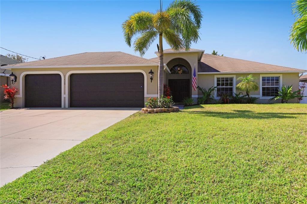 1226 SW 15th Terrace, Cape Coral, FL 33991 - #: 221018951