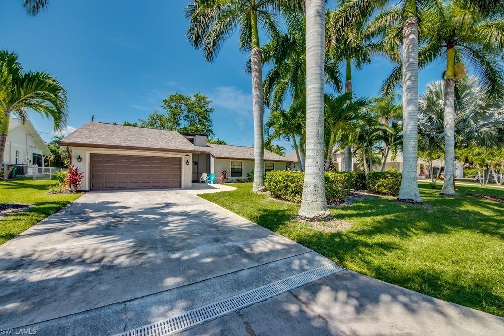 1514 SW 52nd Terrace, Cape Coral, FL 33914 - #: 220076952