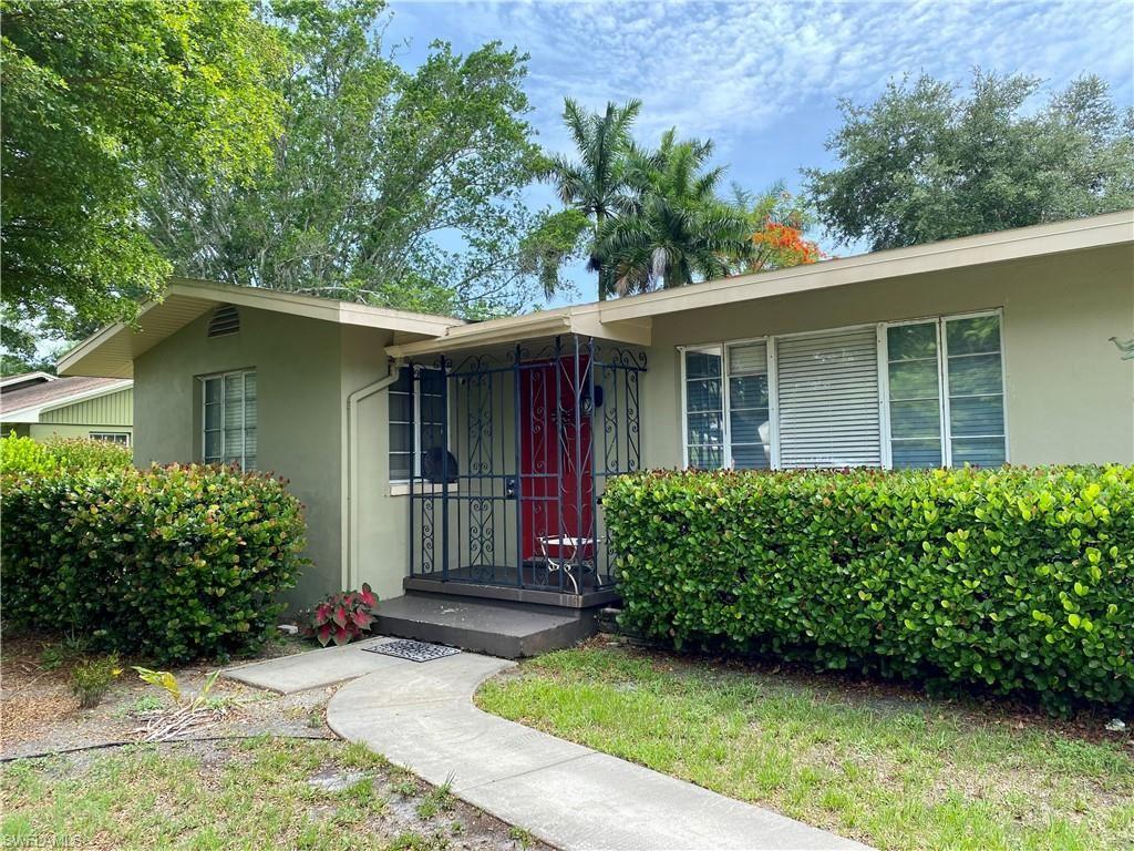 2520 Columbus Street, Fort Myers, FL 33901 - #: 221038965