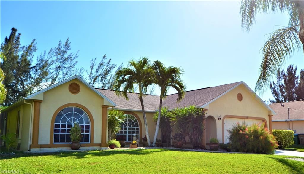 836 SW 23rd Street, Cape Coral, FL 33991 - #: 220016969
