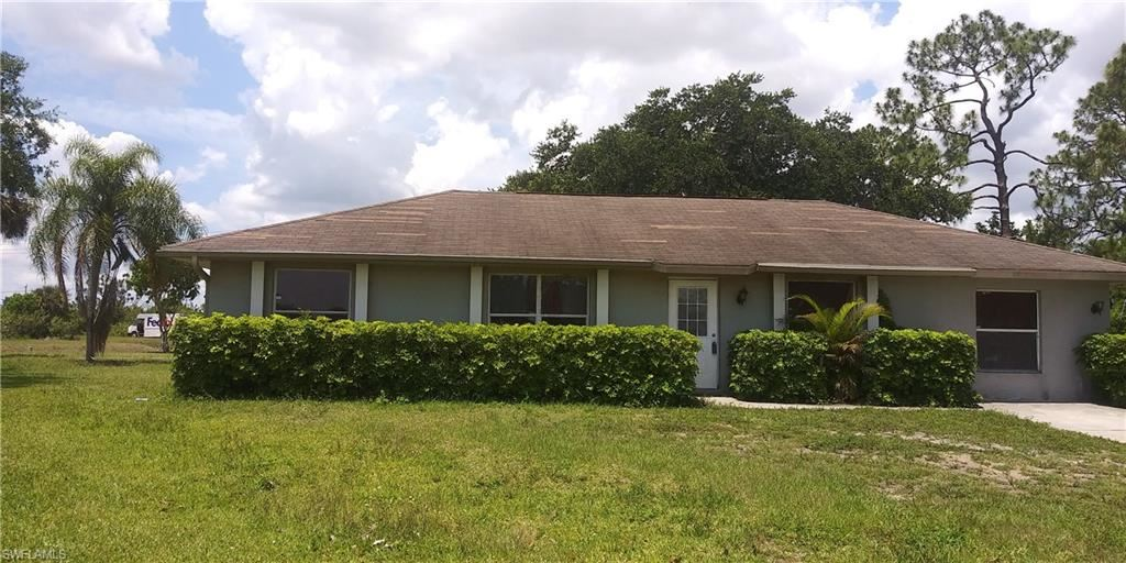 428 Valley Drive, Lehigh Acres, FL 33936 - #: 220049969