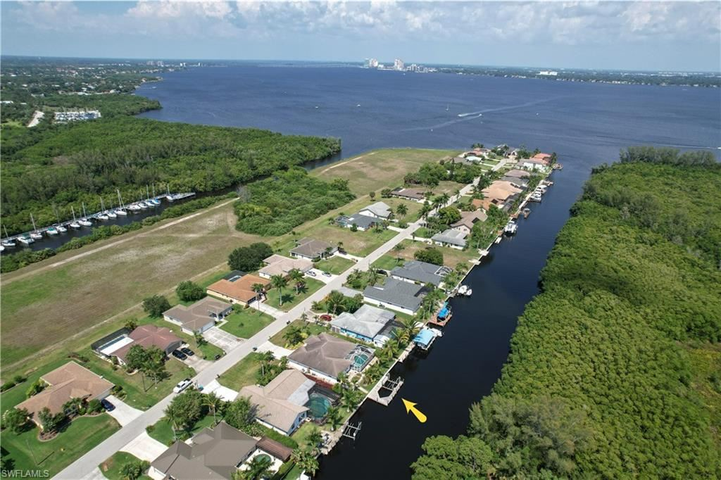 2312 Coral Point Drive, Cape Coral, FL 33990 - #: 221032969