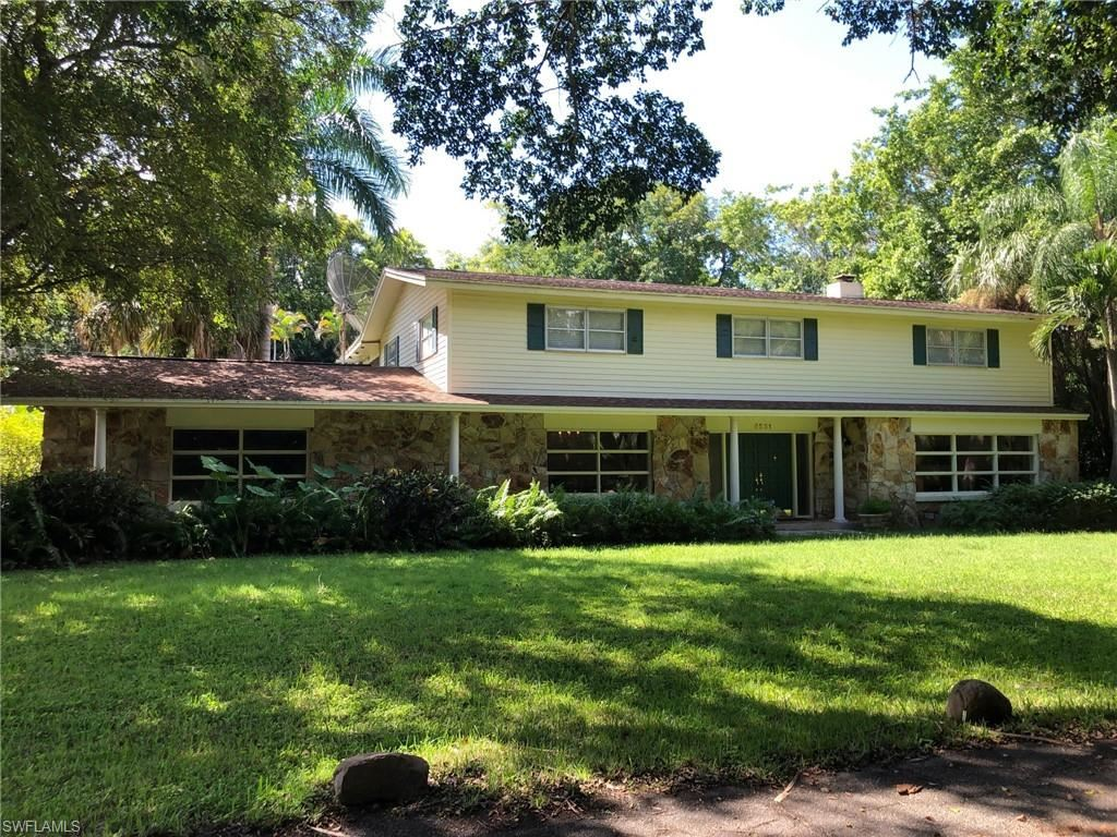 8531 Yorkshire Lane, Fort Myers, FL 33919 - #: 220057971