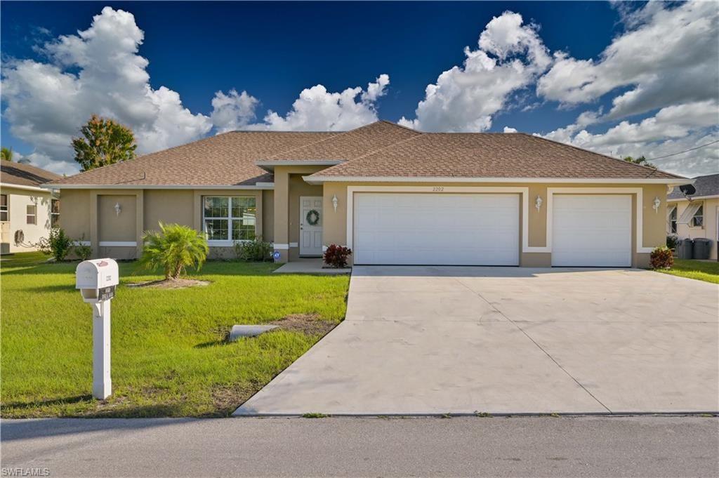 2202 SE 8th Street, Cape Coral, FL 33990 - #: 221014971