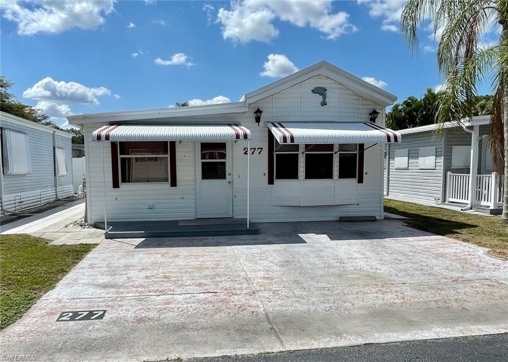 277 Fountain View Boulevard, North Fort Myers, FL 33903 - #: 221023980