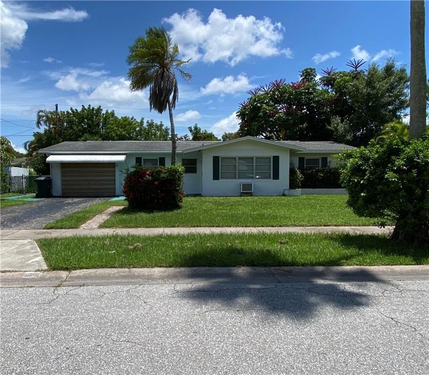 33 Broadway Circle, Fort Myers, FL 33901 - #: 221053980