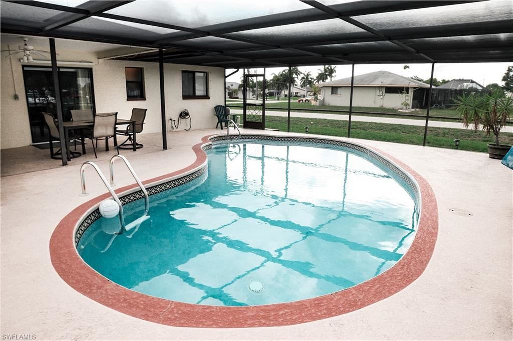 1717 SE 11th Terrace, Cape Coral, FL 33990 - #: 221025983