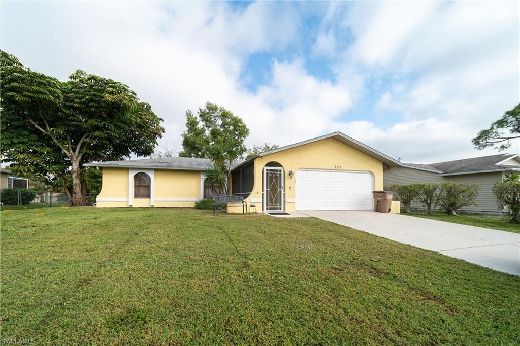 1221 SW 29th Terrace, Cape Coral, FL 33914 - #: 220080987
