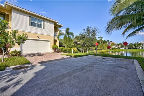Featured picture for the property RX-10579701