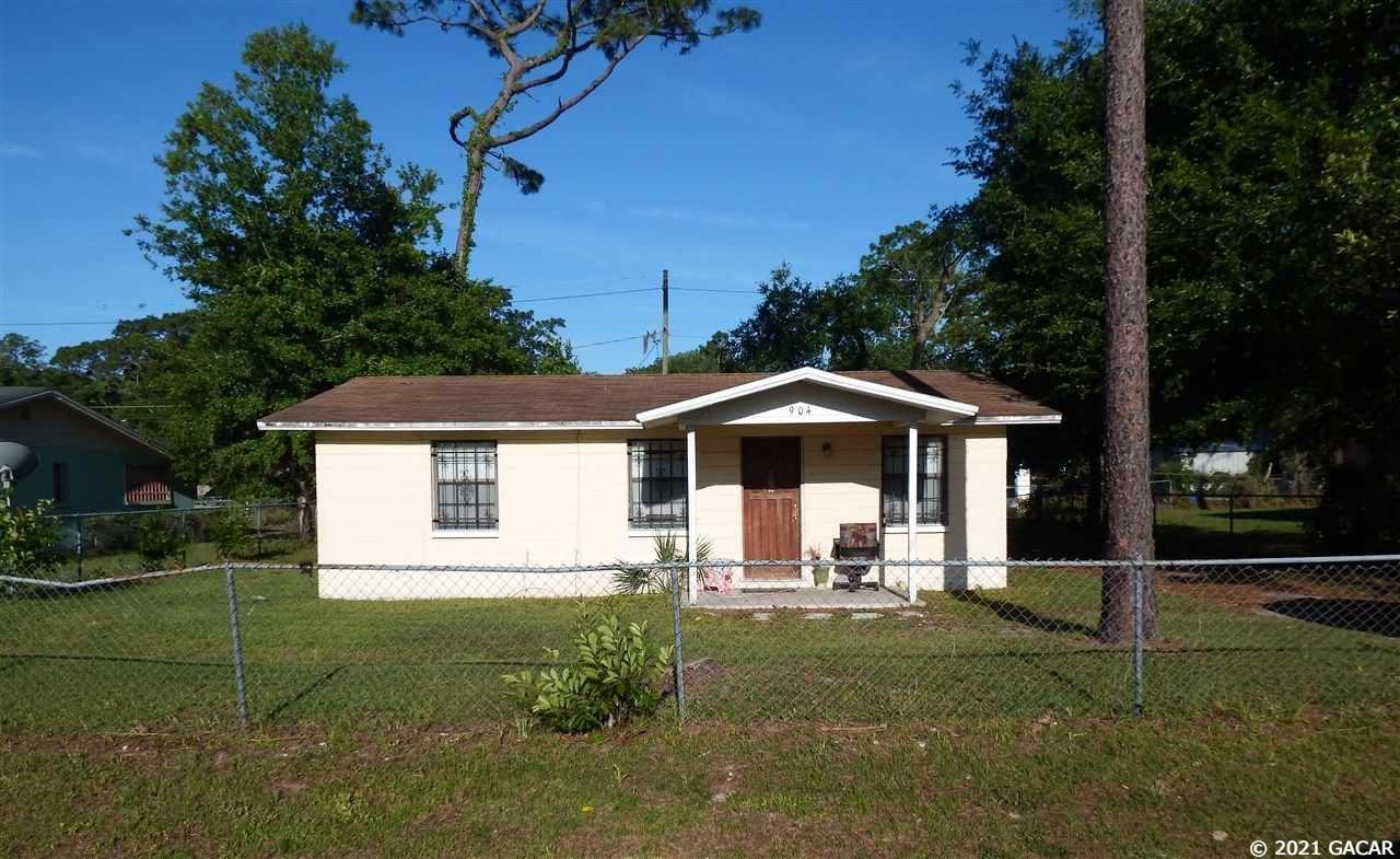 904 NE 25 Street, Gainesville, FL 32641 - #: 445049