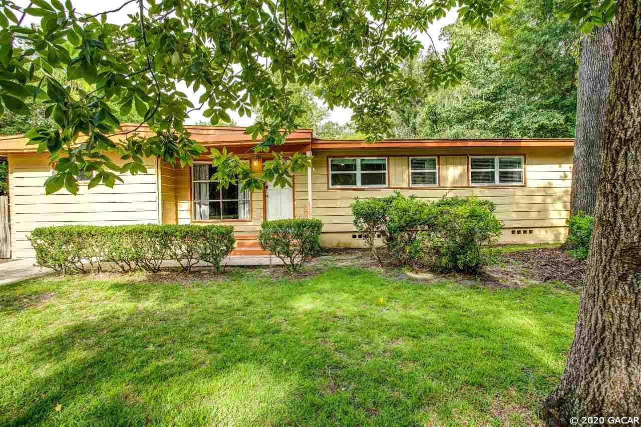 401 NW 34th Terrace, Gainesville, FL 32607 - #: 437091