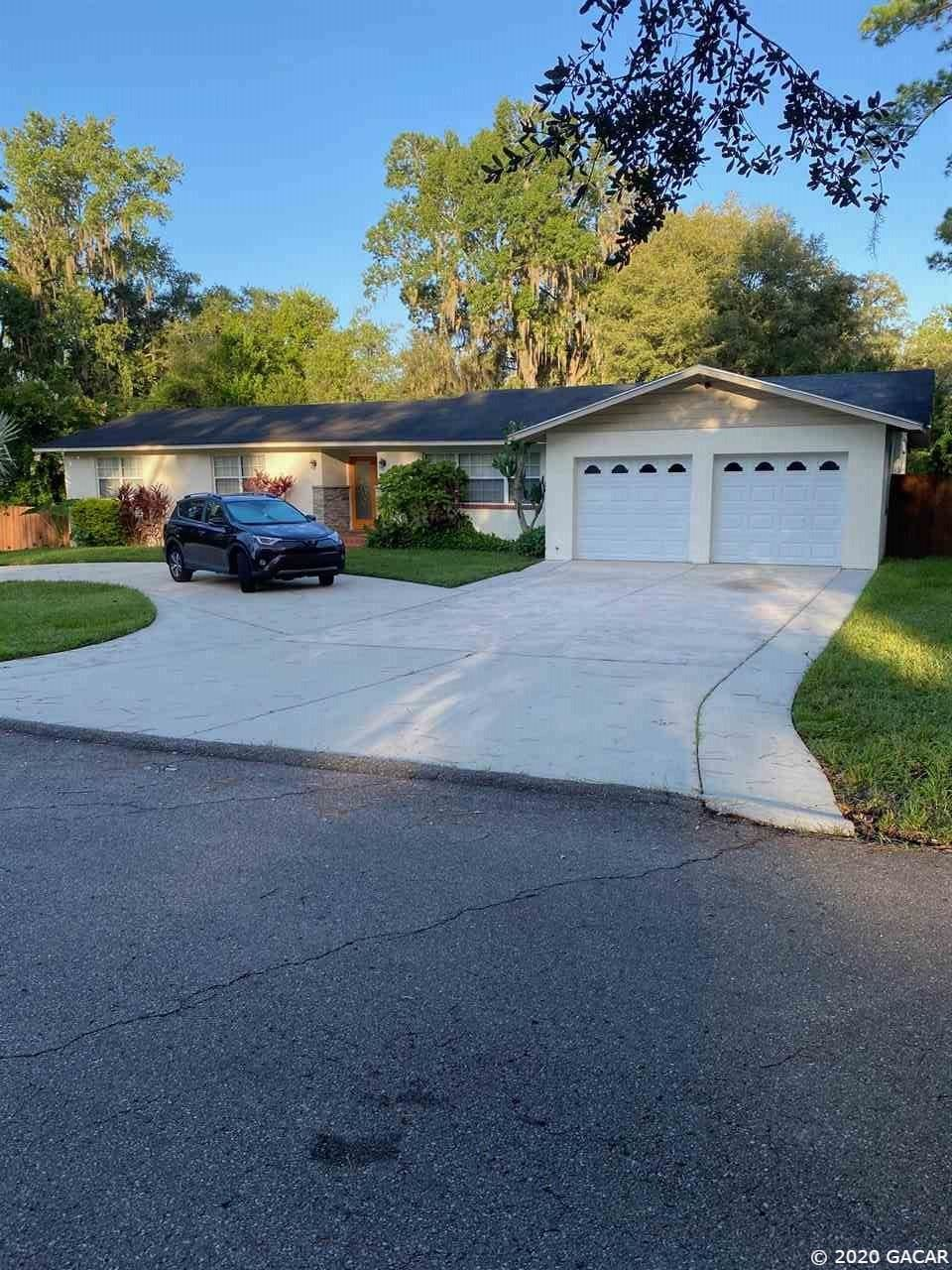 910 NW 37th Terrace, Gainesville, FL 32605 - #: 436128
