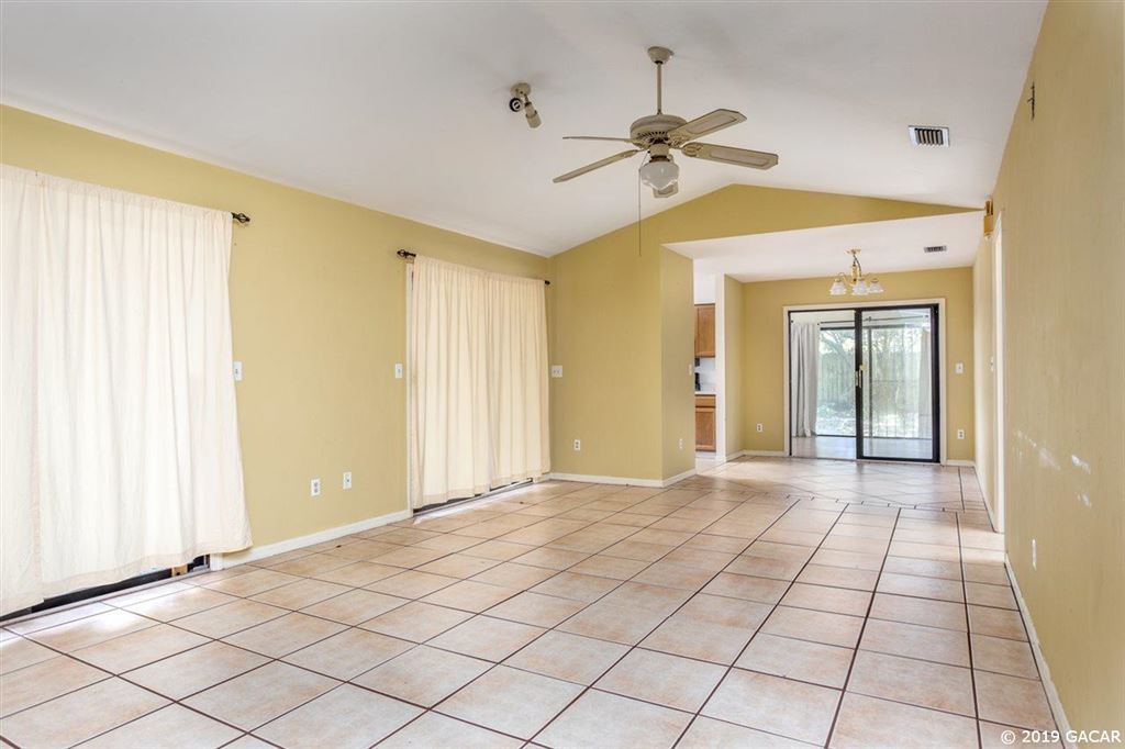 922 NW 10TH Avenue, Gainesville, FL 32601 - #: 425435