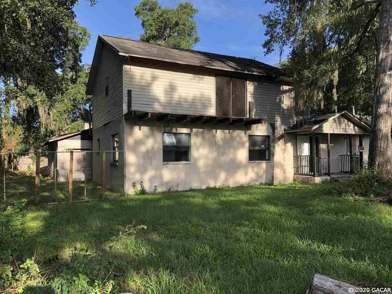 724 SE 12 Street, Gainesville, FL 32641 - #: 437568