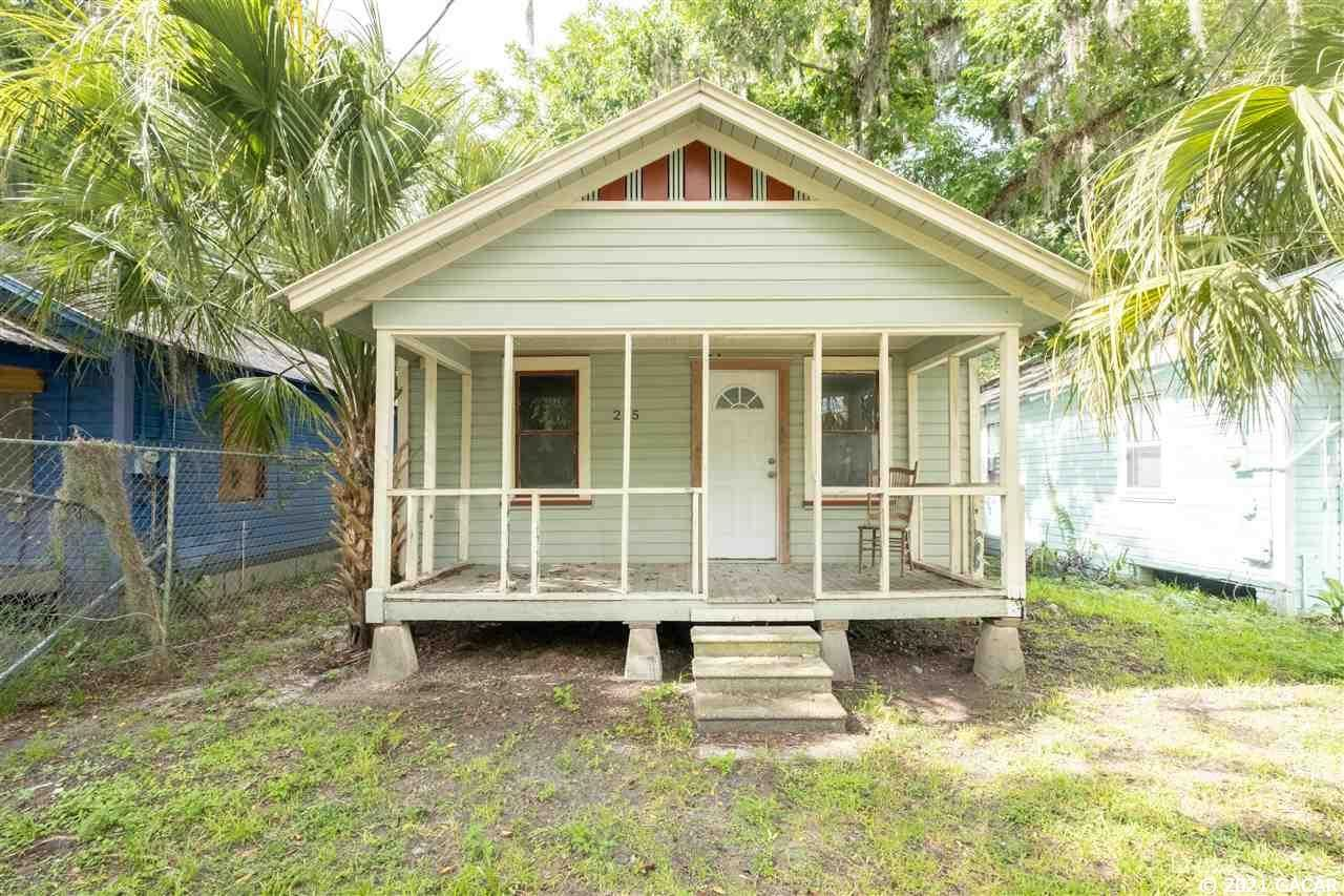 225 NW 4th Place, Gainesville, FL 32601 - #: 446658