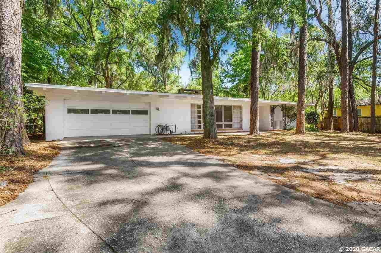 813 NW 22nd Street, Gainesville, FL 32603 - #: 433768