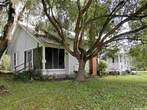 Photo of 5511 AVENUE G, Mcintosh, FL 32664 (MLS # 439829)