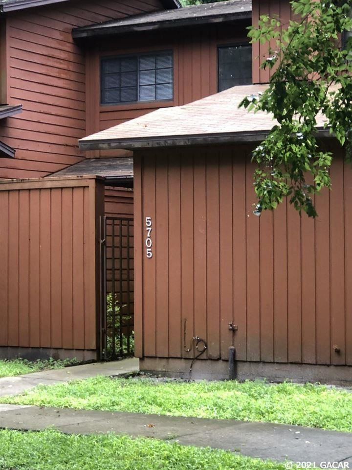 5705 SW 10 Place, Gainesville, FL 32607 - #: 445883