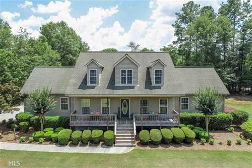 Photo of 18 Stillwood Dr, Hartwell, GA 30643 (MLS # 8825012)