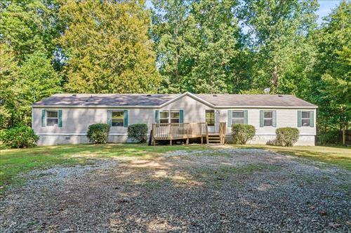Photo of 533 Hickory Way, Maysville, GA 30558 (MLS # 9057017)