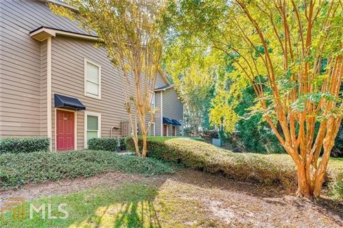 Photo of 2003 Canyon Point Cir, Roswell, GA 30076 (MLS # 8877048)