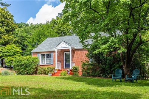 Photo of 843 Derrydown Way, Decatur, GA 30030 (MLS # 8850082)