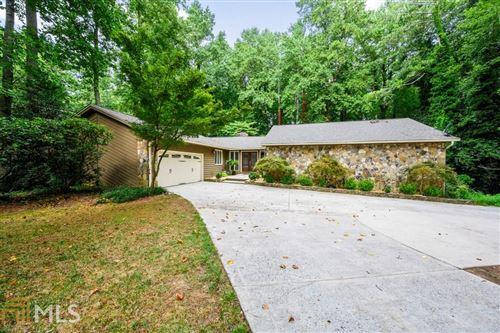 Photo of 2431 Roxburgh Drive, Roswell, GA 30076 (MLS # 8836106)